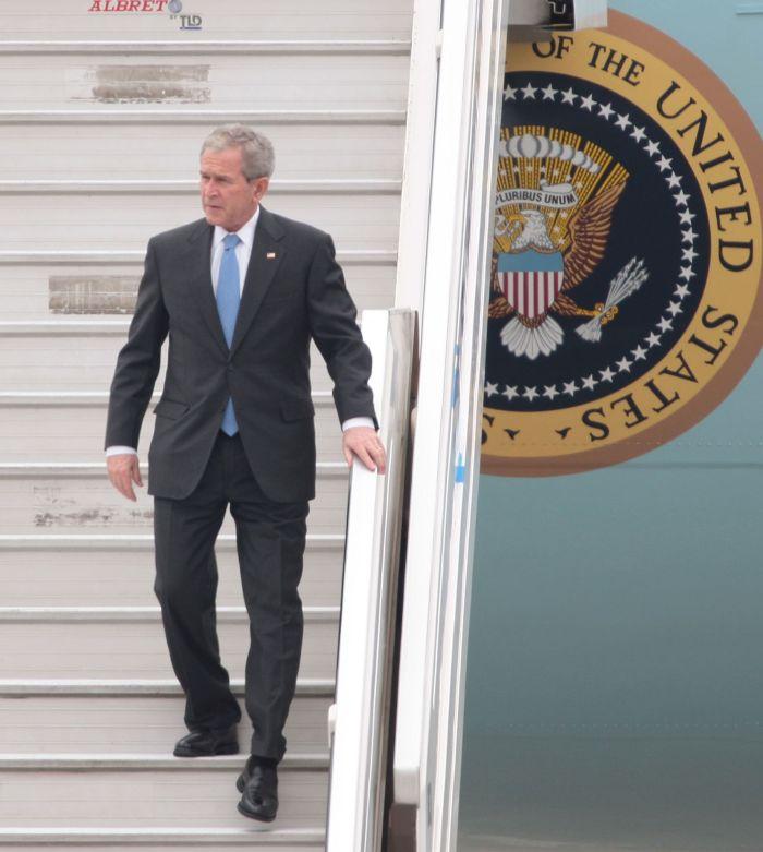 Bush ya está en el Perú
