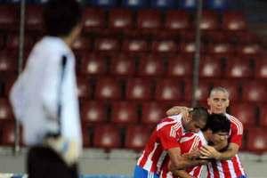 los-jovenes-paraguayos-celebran-uno-de-los-goles-maracados-ante-boliviapreview