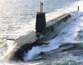 Submarino nuclear inglés HMS Vanguard