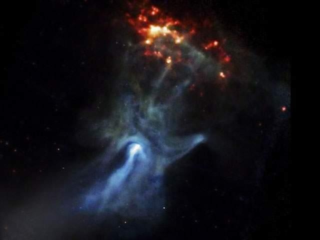 mano-gigantesca-espacio