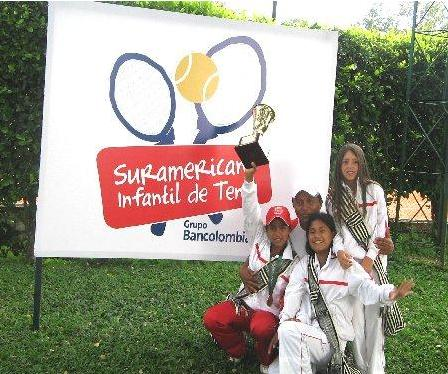 PERUANAS CAMPEONAS