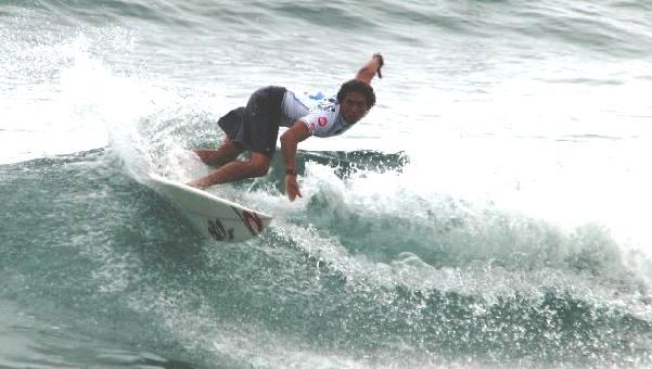 SEBASTIAN ALARCON SURF