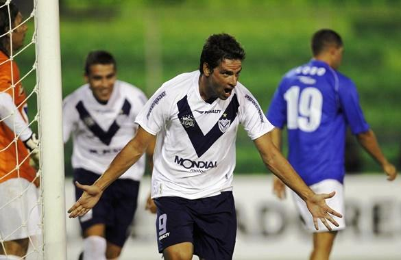 Deportivo Italia 0 - Velez Sarsfield 1
