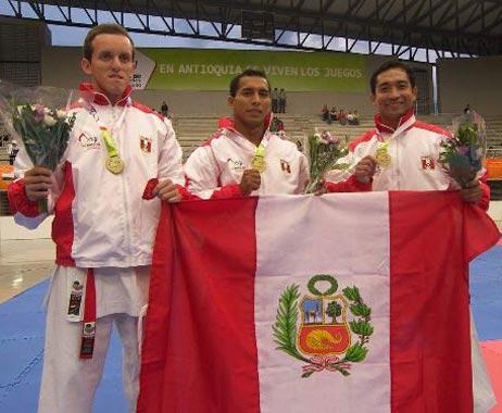 KARATE PERU ORO