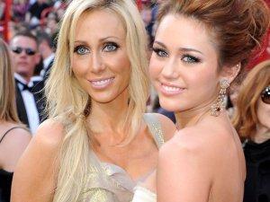 Mama de Miley Cyrus