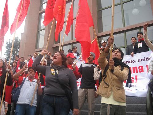 fuerza social y patria roja