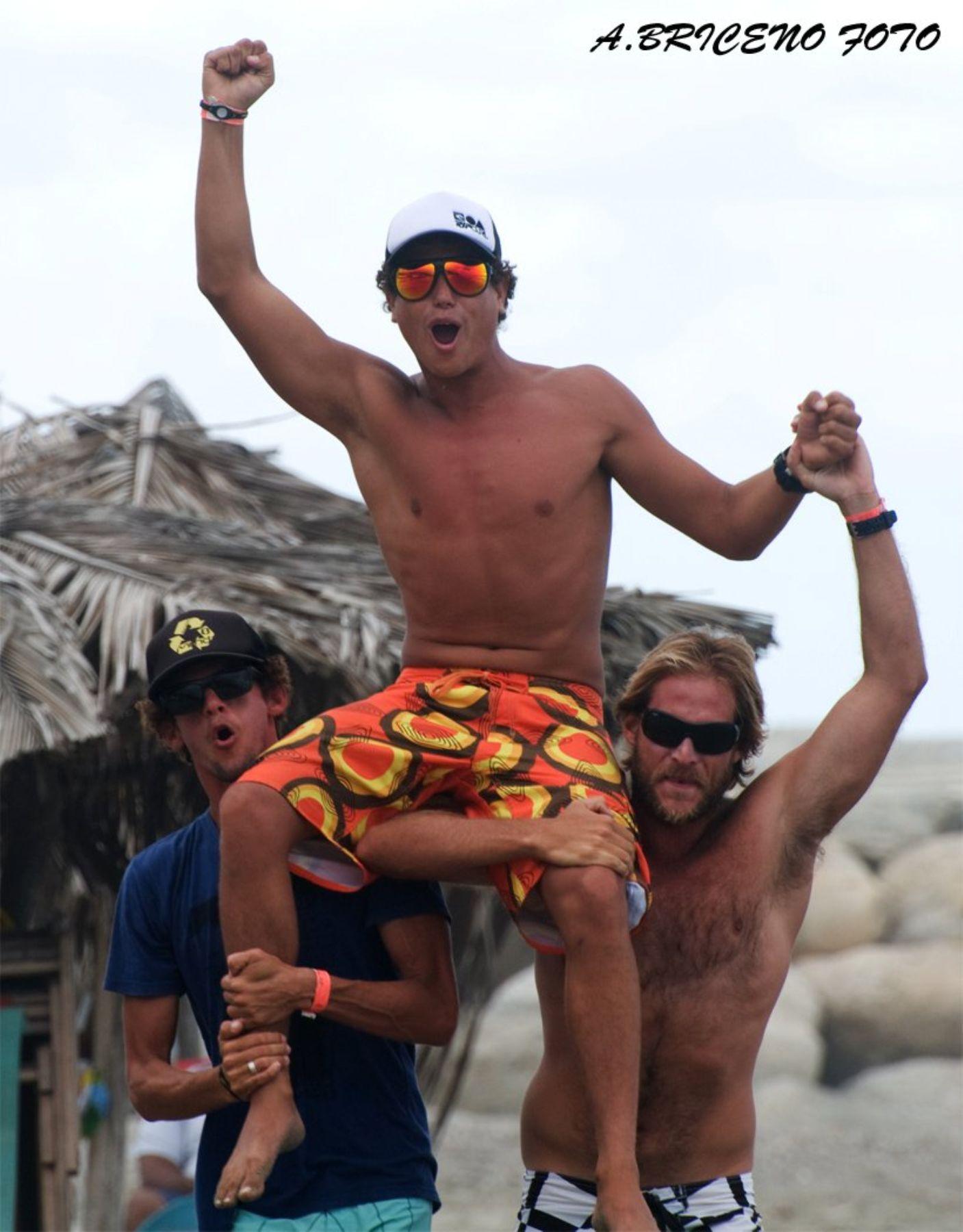 PERU CAMPEON LATINOAMERICANO DE SURF