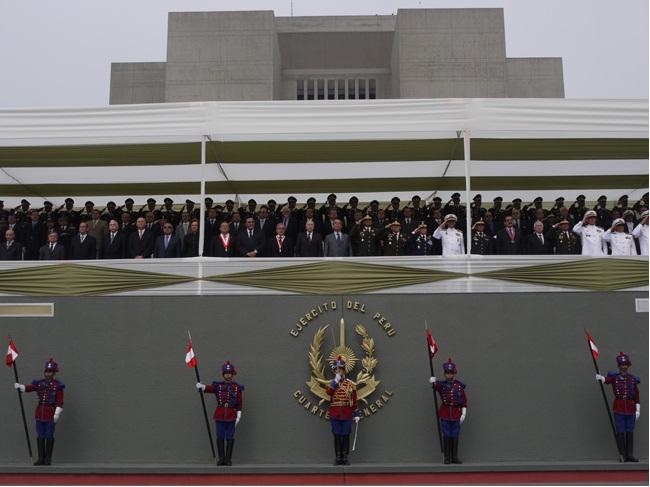 9 DE DICIEMBRE DE 2010 - DIA DEL EJERCITO DEL PERU