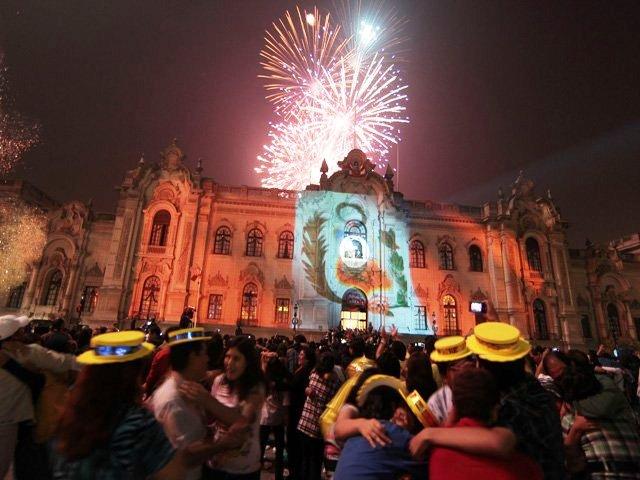 LLEGADA DEL 2011 EN EL PERU