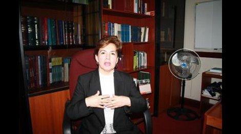 JUEZ SUPERIOR PERUANA ELVIA BARRIOS ALVARADO PRESIDENTA DE LA RED LATINOAMERICANA DE JUECES