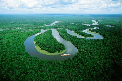 RIO AMAZONAS PERU