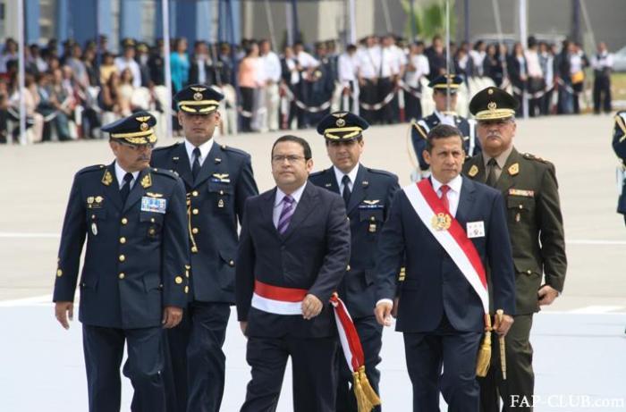 ALBERTO OTAROLA MINISTRO DE DEFENSA