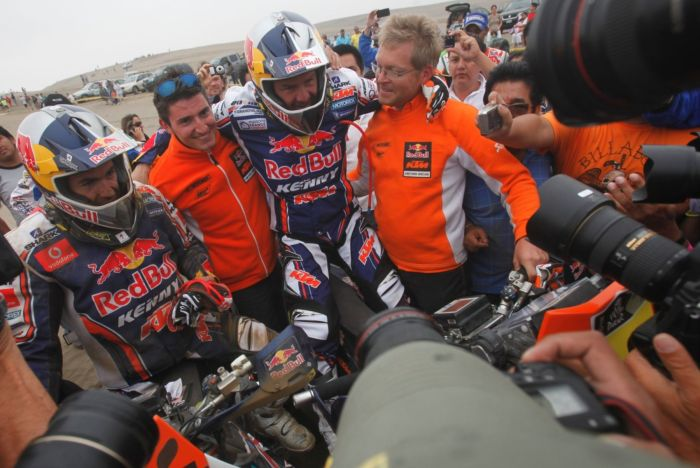 CYRIL DESPRES CAMPEON DAKAR 2012