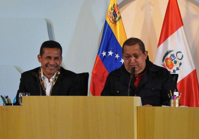 REUNION OLLANTA HUMALA Y HUGO CHAVEZ