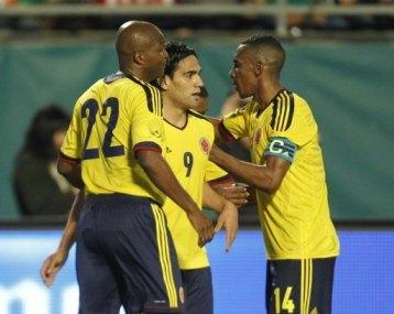 MEXICO 0 - COLOMBIA 2