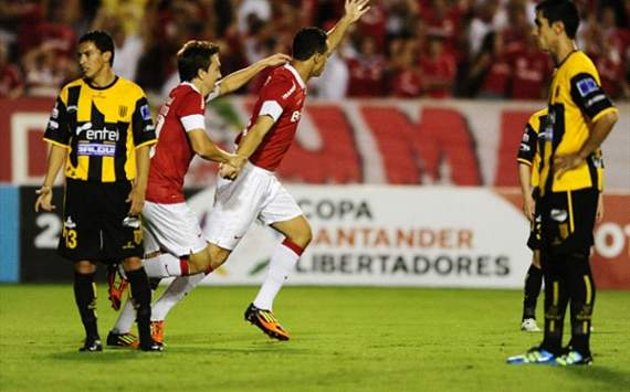 INTERNACIONAL 5 - THE STRONGEST 0