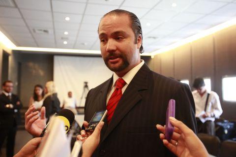 VICE MINISTRO CARLOS POSADA