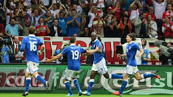 ITALIA DERROTA 2 A 1 A ALEMANIA EN LA SEMIFINAL DE LA EURO 2012