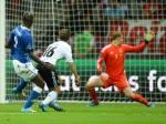 ITALIA DERROTA POR 2 A 1 A ALEMANIA Y VA A LA FINAL DE LA EURO 2012 (9)