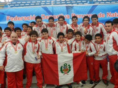 PERU CAMPEON DE LA COPA PACIFICO DE WATERPOLO