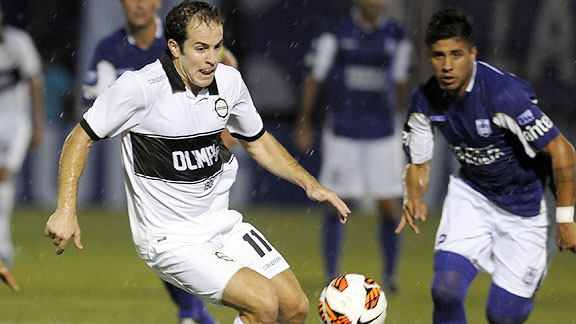 DEFENSOR SPORTING 0 - OLIMPIA 0