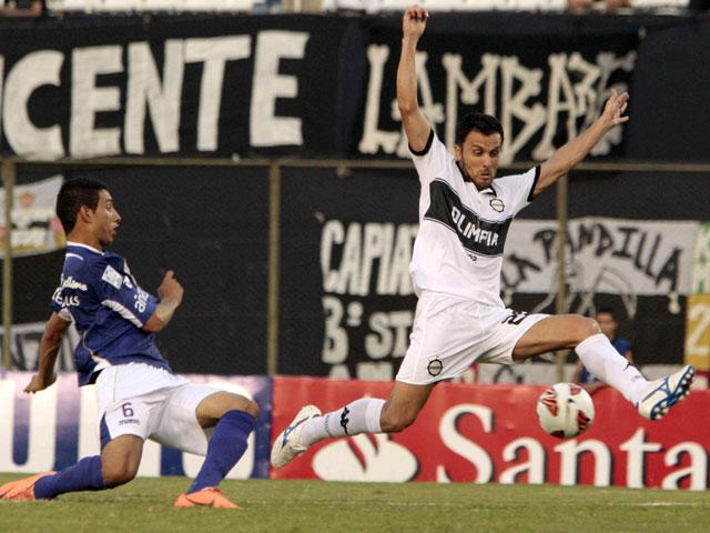 OLIMPIA 2 - DEFENSOR SPORTING 0