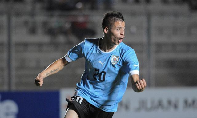 URUGUAY 2 - ECUADOR 2