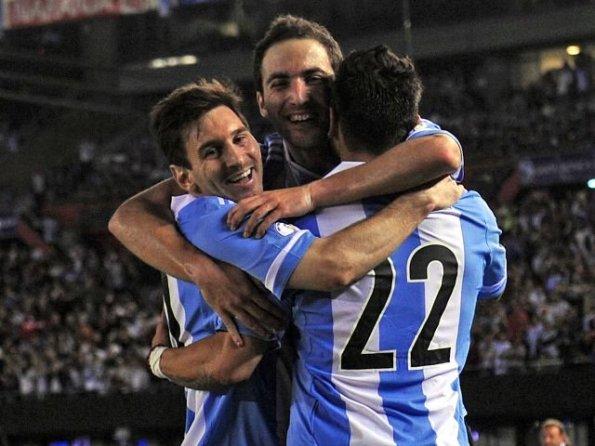 ARGENTINA 3 - VENEZUELA 0