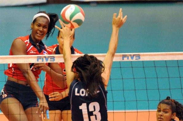 PERU 0 - DOMINICANA 3