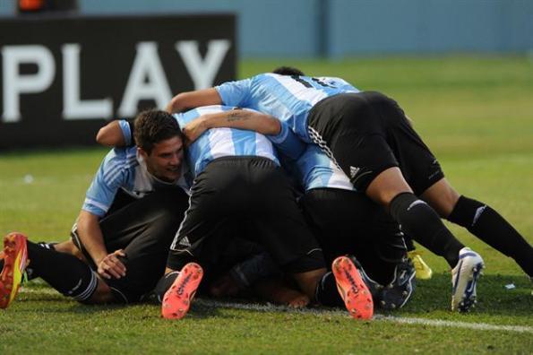 ARGENTINA 3 - VENEZUELA 0 SUB 17 2013