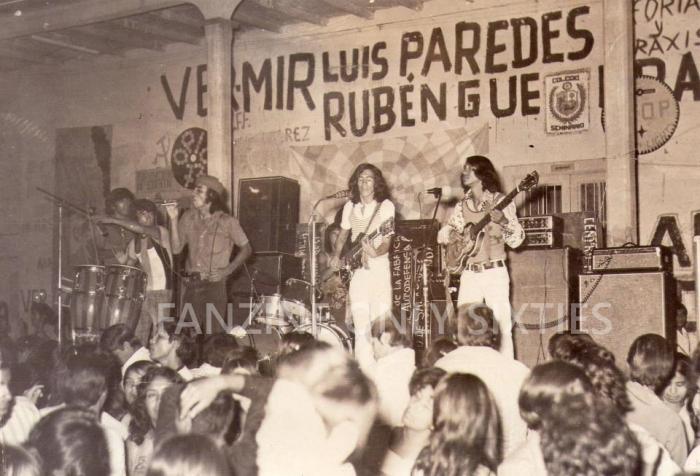 LOS SHERMANS DE PUEBLO LIBRE