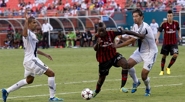 LOS ANGELES GALAXY AC MILAN