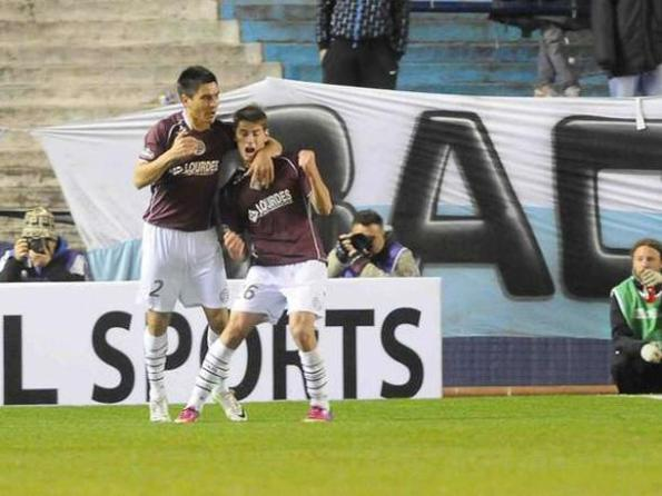 RACING 1 - LANUS 2