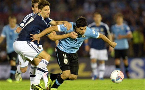 uruguay 3 - argentina 2
