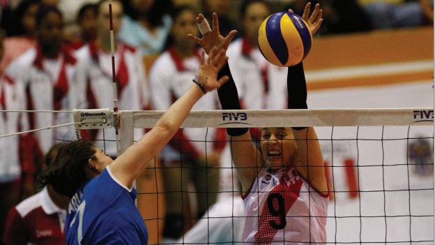 PERU 3 - GUATEMALA 0 VOLEY