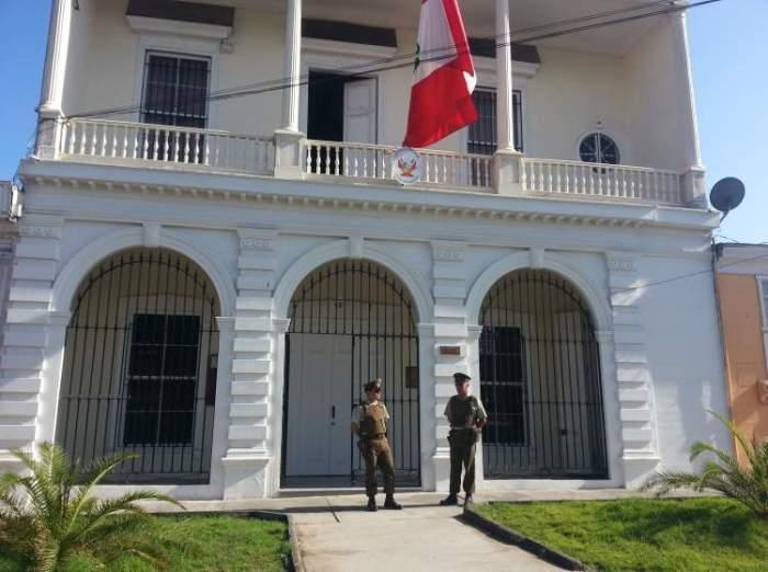consulado peruano en iquique