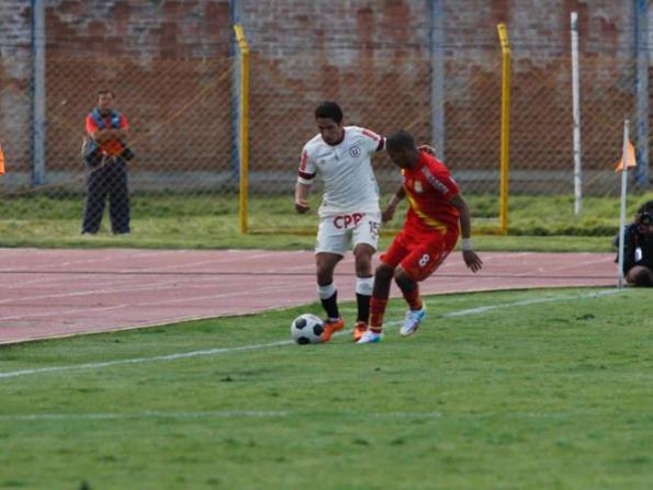 HUANCAYO 0 - UNIVERSITARIO 1
