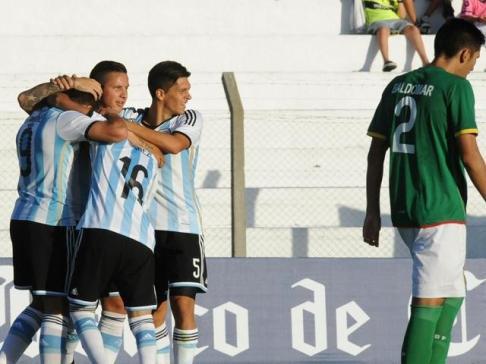 ARGENTINA 3 - BOLIVIA 0