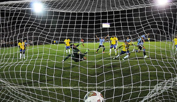 URUGUAY 2 - BRASIL 0 SUB20 2015