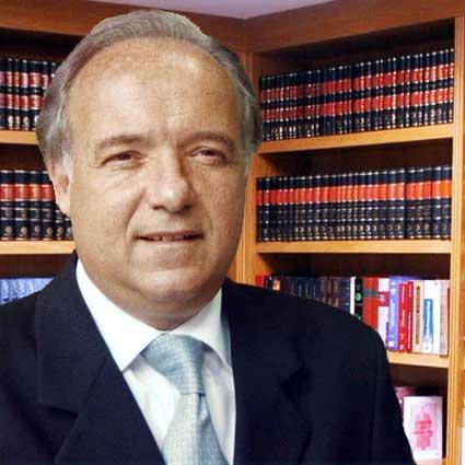 Video: El discurso más Nacionalista de la Historia del Derecho Aeronáutico  Peruano por el Dr. Julián Palacín Fernández | Mejor hablar de ciertas  cosas...