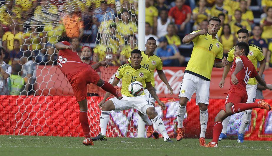 COLOMBIA 2 - PERU 0