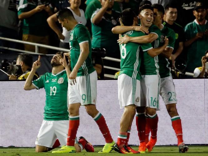 mexico 2 jamaica 0 2016 copa ameria