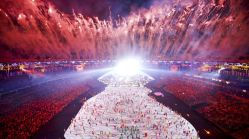 2016 Rio Olympics - Opening ceremony - Maracana - Rio de Janeiro, Brazil - 05/08/2016. Fireworks explode during the opening ceremony REUTERS/Pawel Kopczynski TPX IMAGES OF THE DAY FOR EDITORIAL USE ONLY. NOT FOR SALE FOR MARKETING OR ADVERTISING CAMPAIGNS.