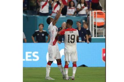 PERU 3 CHILE 0 (1)