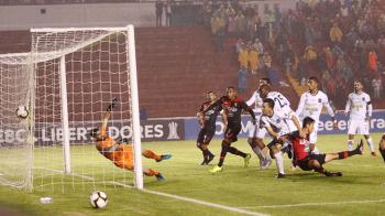FBC MELGAR 2 - CARACAS FC 0 (21)