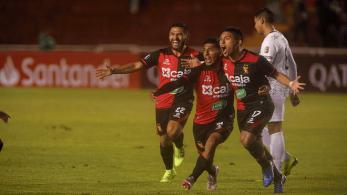 FBC MELGAR 2 - CARACAS FC 0 (27)