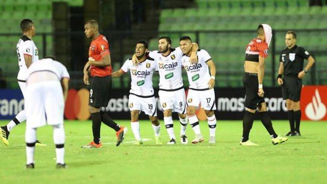 FBC MELGAR ELIMINA A CARACAS FC EN VENEZUELA (38)