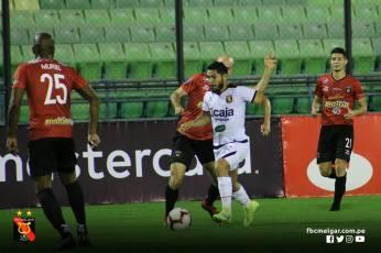 FBC MELGAR ELIMINA A CARACAS FC EN VENEZUELA (9)