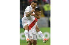 PERU GOLEA A CHILE Y CLASIFICA A LA FINAL (14)