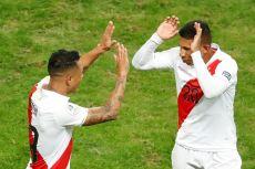 PERU GOLEA A CHILE Y CLASIFICA A LA FINAL (15)